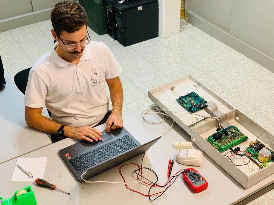 dottor antifurto tecnico specializzato sistemi di allarme antifurto telecamere videosorveglianza foligno